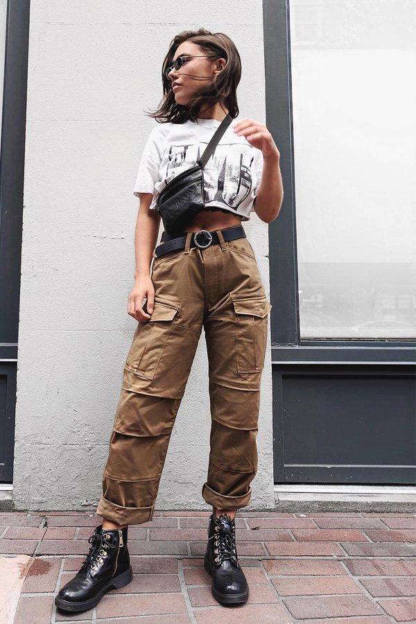 Phoenix Laurén - calça cargo e cropped - calça cargo - inverno - street style