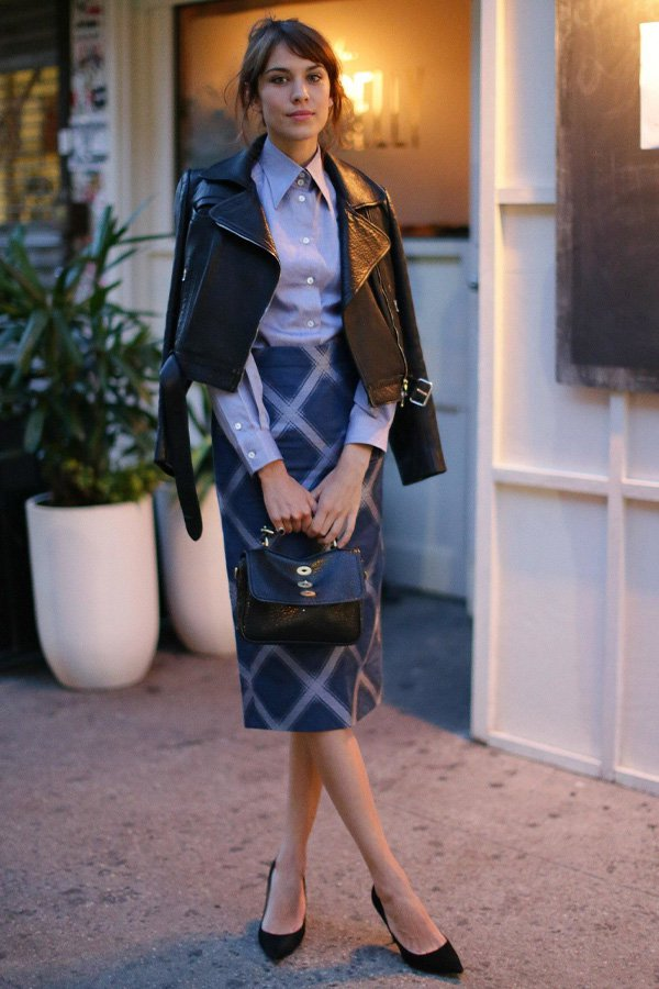 Alexa Chung - office look - jaqueta de couro - inverno - office look