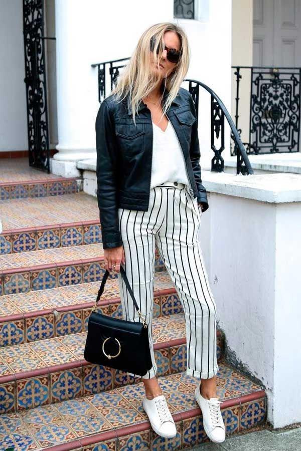 reprodução pinterest - calça listrada e camiseta - calça listrada - inverno - street style