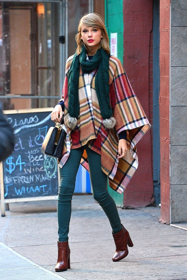 Taylor Swift - poncho - poncho - inverno - street style