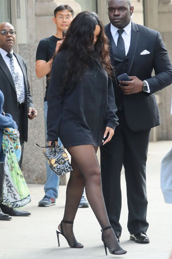 Rihanna -      - meia calça - inverno - street style