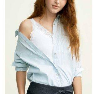 Camisa Feminina Básica Em Fio Tinto De Algodão Com Bolso Frontal
