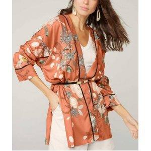 Casaco Kimono Longo Estampado Em Cetim