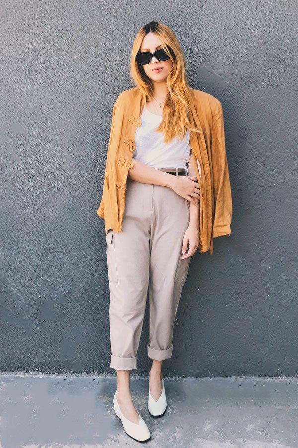 Ali Santos - calça de sarja e blazer - calça de sarja - inverno - street style