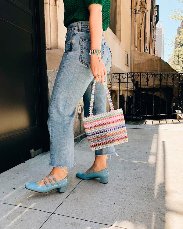 it-girl - jeans - beaded bag - inverno - street-style