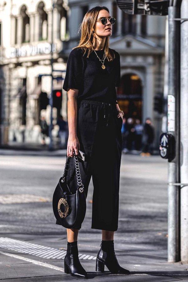Holly Titheridge -       - pantacourt e bota -       -