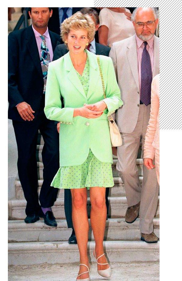 Lady Diana - neon - neon - inverno - street-style
