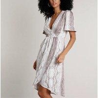 vestido feminino curto transpassado estampado animal print cobra manga curta branco