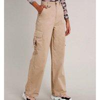 calça de sarja feminina cargo com argola bege