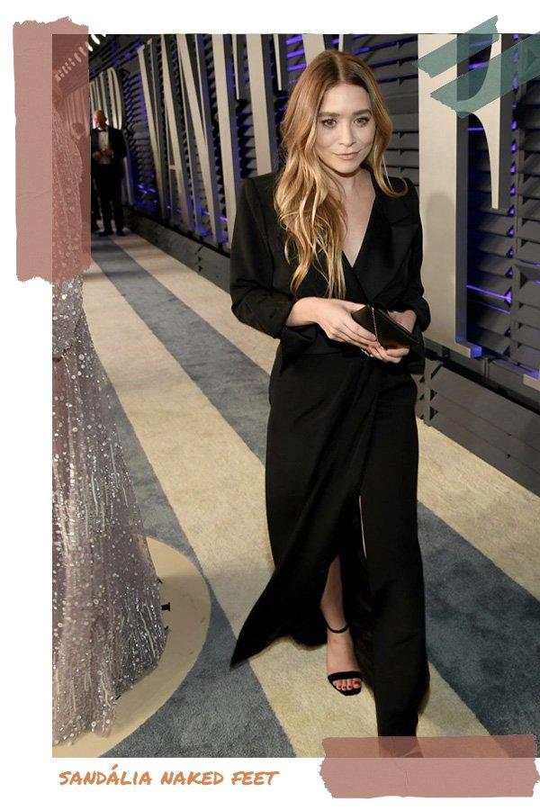 Ashley Olsen -      - sandália naked feet - verão - street style