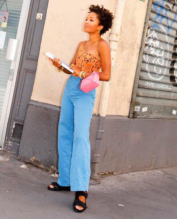 Ellie Nesmon - calça-flare - jeans - verão - street-style
