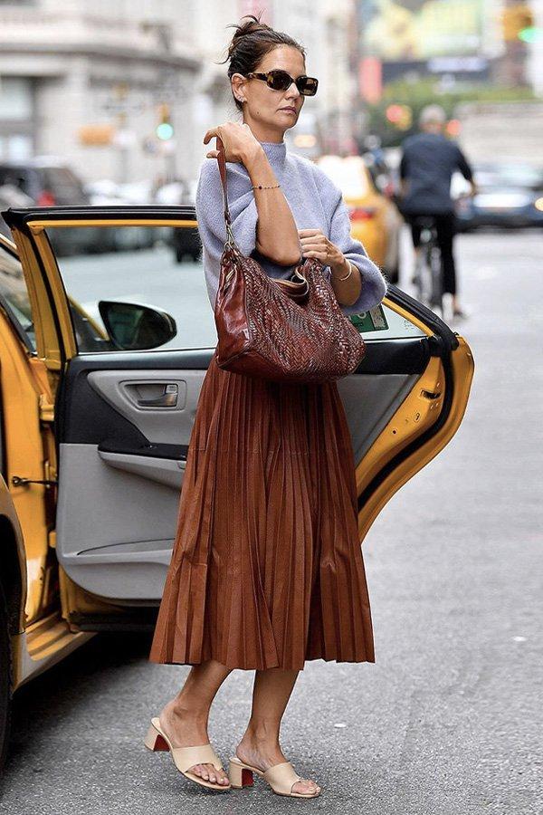 Katie Holmes - saia midi - saia midi - verão - street style