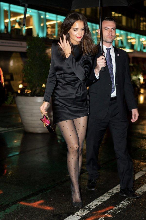 Katie Holmes - vestido preto - vestido  - verão - street style