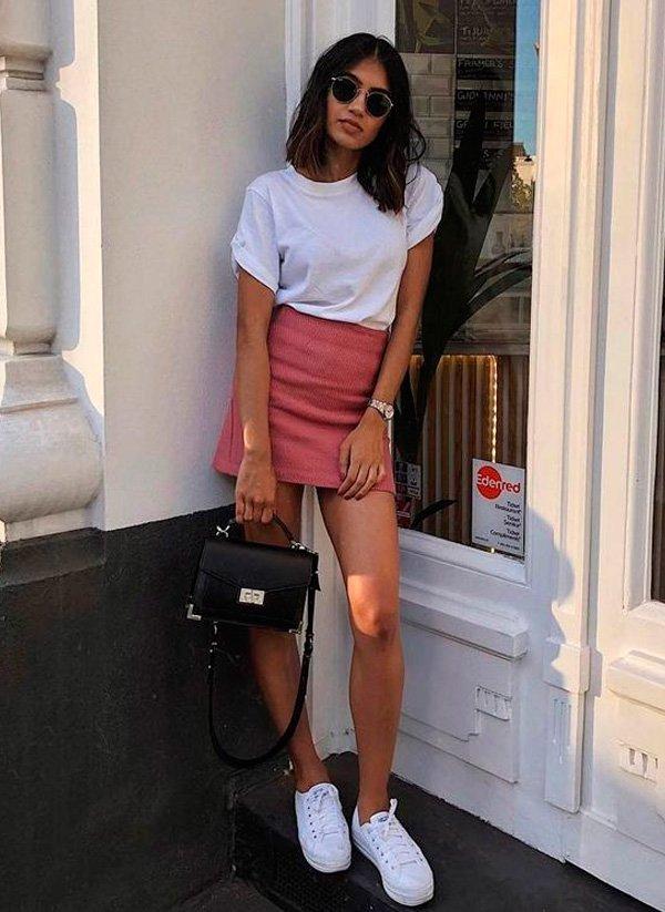 it-girl - blusa-branca-saia-rosa - minissaia - verão - street-style