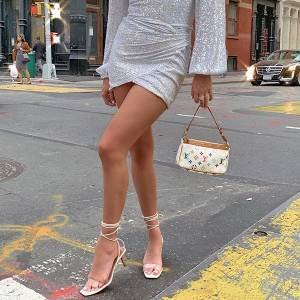 Trendy now: sandália de amarração