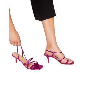 Sandália Tiras E Salto Fino