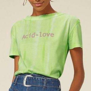 T-Shirt Tie Dye Com Manga Curta