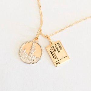 Colar Liberty - U Dourado