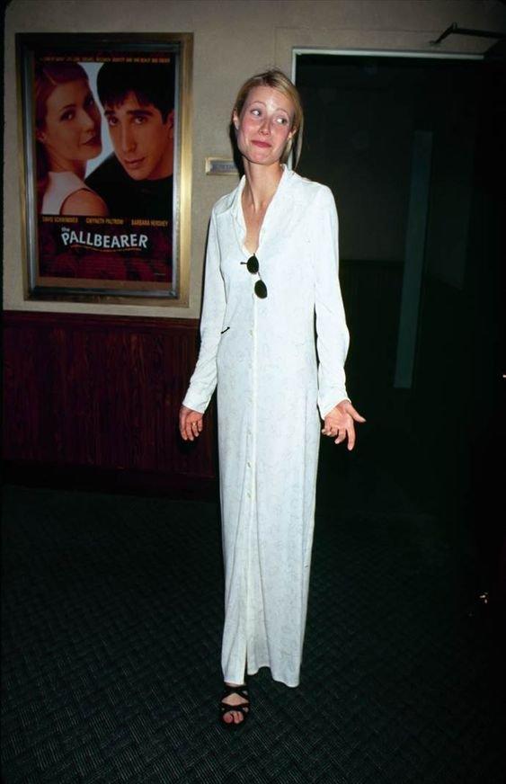 Gwyneth Paltrow - Vestido camisa - Anos 90  - Primavera - Street Style