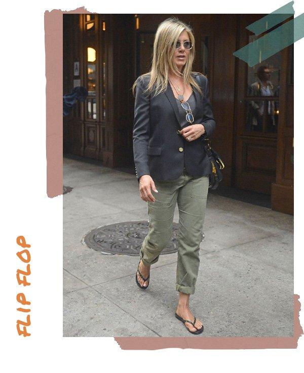 Jennifer Aniston -      - flip flop - verão - street style