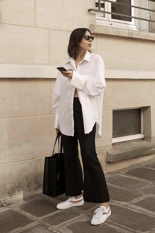 Kaitlyn Ham  -      - calça preta - verão - street style