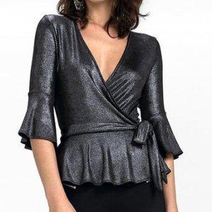 Blusa Em Tecido Metalizado Com Decote Transpassado