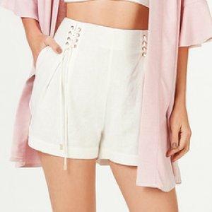 Shorts Feminino Em Linho Com Lace-Up