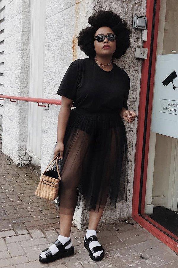 Ada Oguntodu - bolsa de palha - bolsa de palha - verão - street style