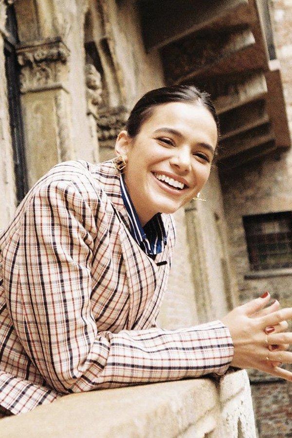 Bruna Marquezine - PENTEADO - penteado - verão - street style