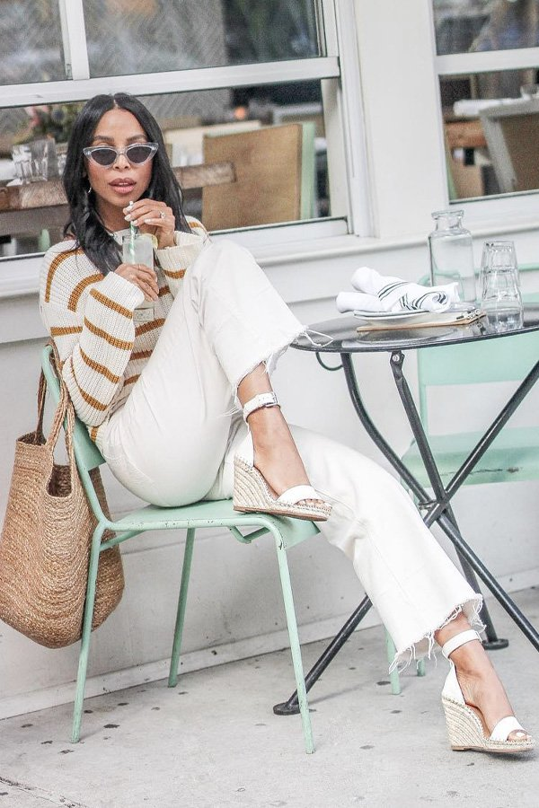 Janelle Marie Lloyd - calça e sandalia - sandalia de corda - verão - street style