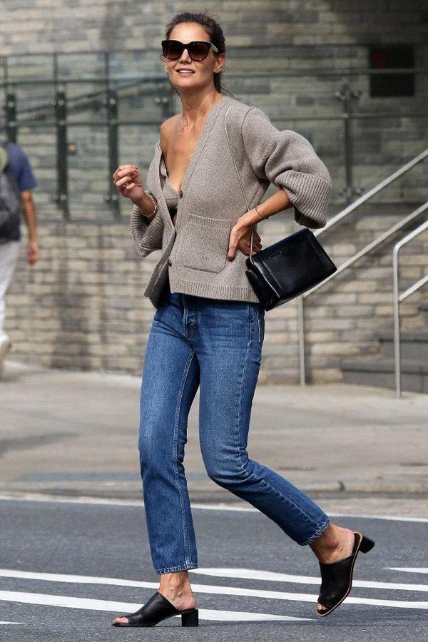 Katie Holmes - tricot e jeans - tricot - verão - street style