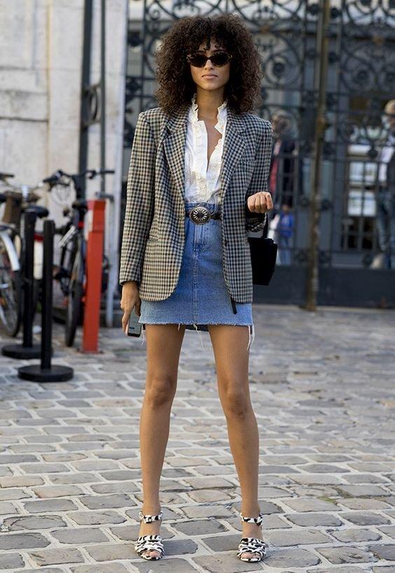 Saia jeans + Blazer: O combo mais chic do verão » STEAL THE LOOK