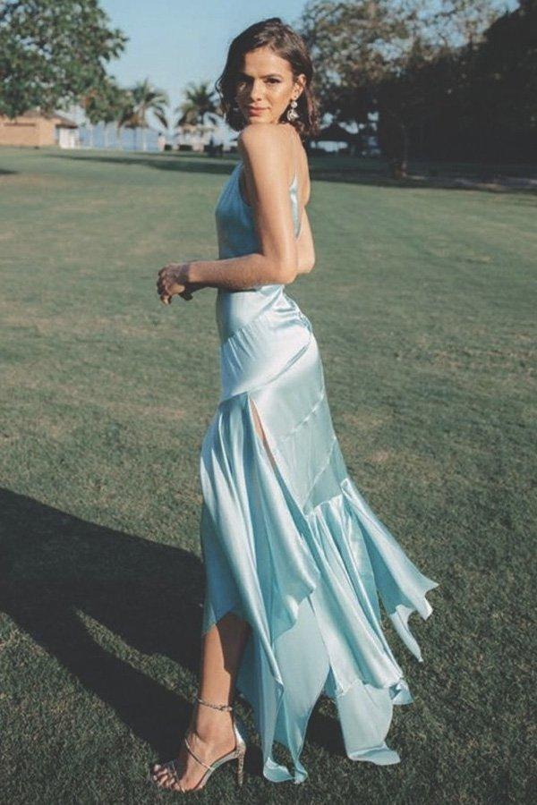 Bruna Marquezine - madrinha de casamento - madrinhas - verão - street style