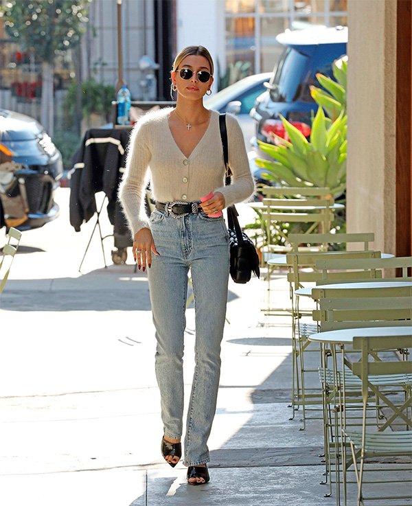Hailey Baldwin - calca-jeans-reta - jeans - verão - street-style