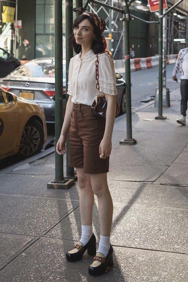 Frida Becker - mocassim de salto - sapato loafer - verão - street style