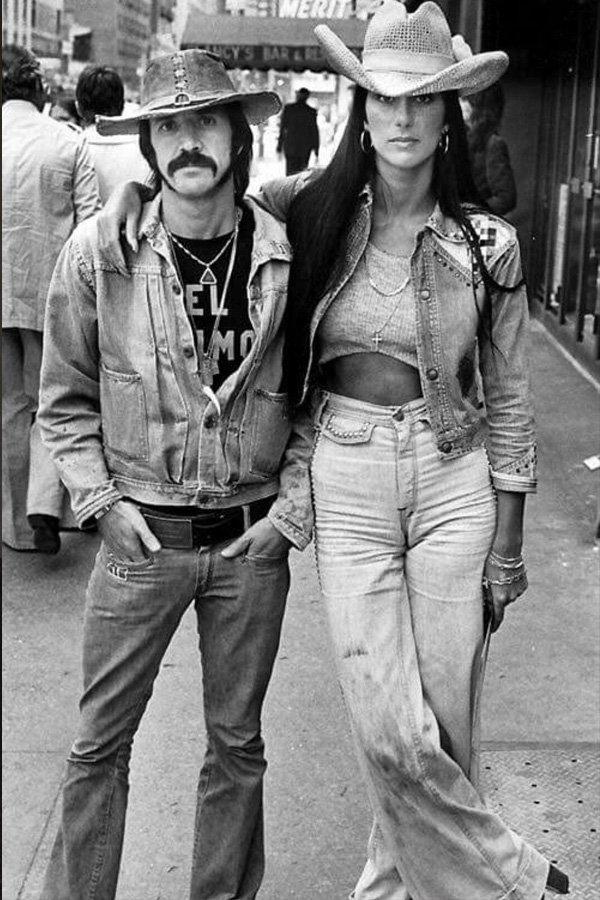cher - looks - anos 70 - verão - street style