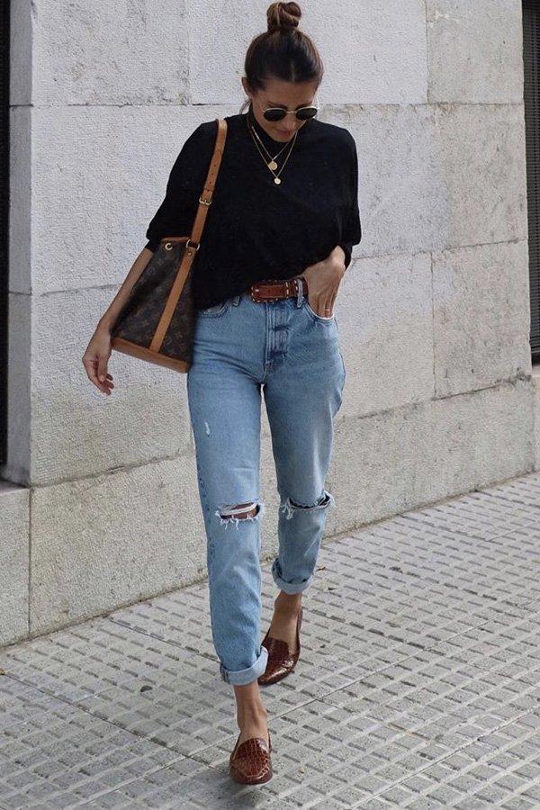 María Valdés - colares dourados - peças básicas - verão - street style
