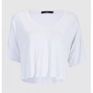 T-Shirt Decote V Solta