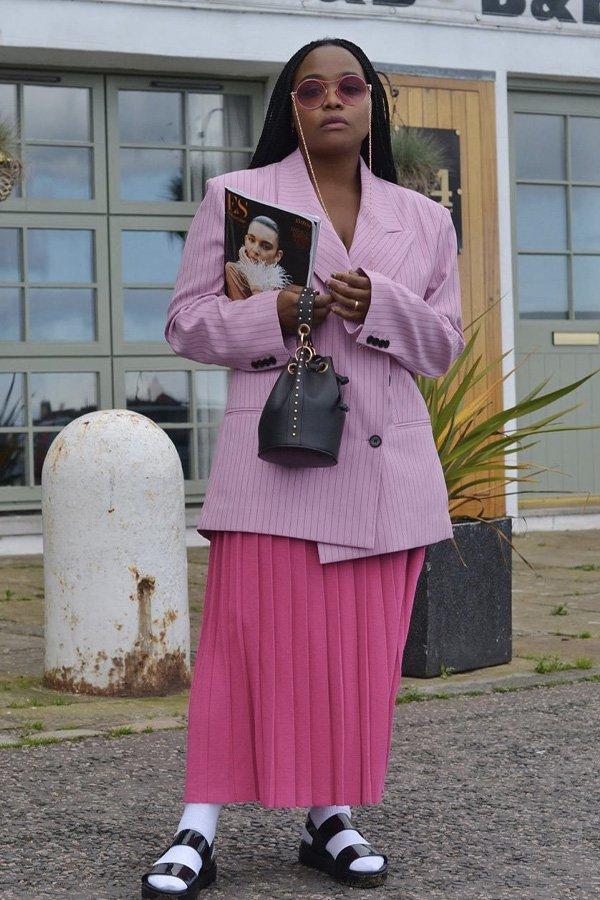 Ada Oguntodu - looks - looks monocromáticos - inverno - street style