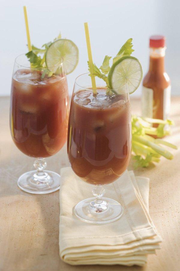 reprodução pinterest - bloody mary - receitas de drinks - inverno - street style