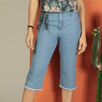 Quintess - Calça Jeans com Barra Desfiada