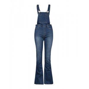 Jardineira Feminina Jeans Flare