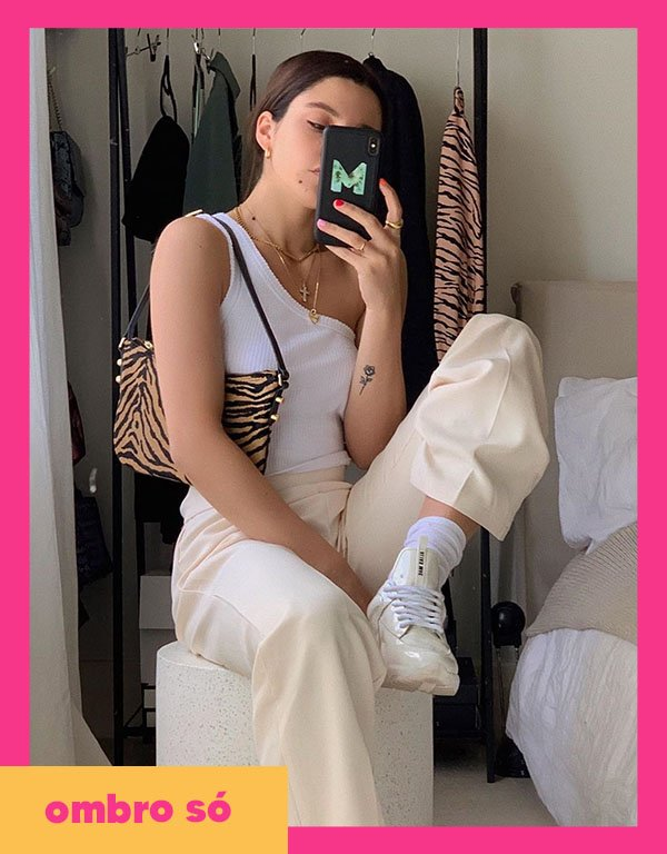 It girls - Ombro só - Blusa - Outono - Street Style - https://stealthelook.com.br
