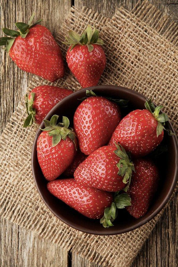 reprodução pinterest - vitamina c - morango - alimentos - food