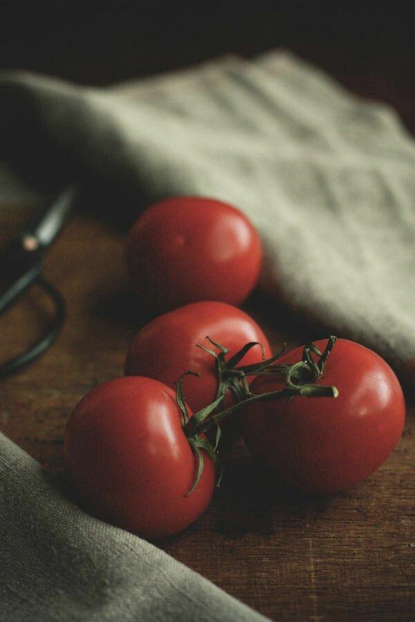 reprodução pinterest - vitamina c - alimentos - tomate - saúde