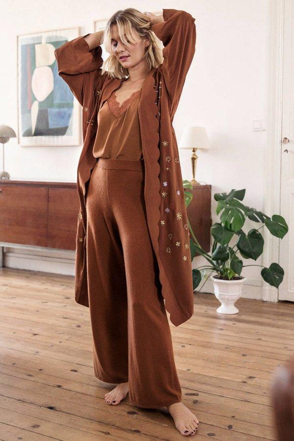 reprodução pinterest - calças quentinhas - calça - inverno - em casa - https://stealthelook.com.br