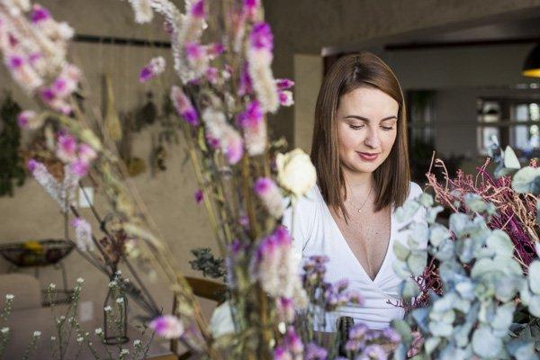 Luiza Fiorito - flores-secas - decor - outono - em-casa - https://stealthelook.com.br