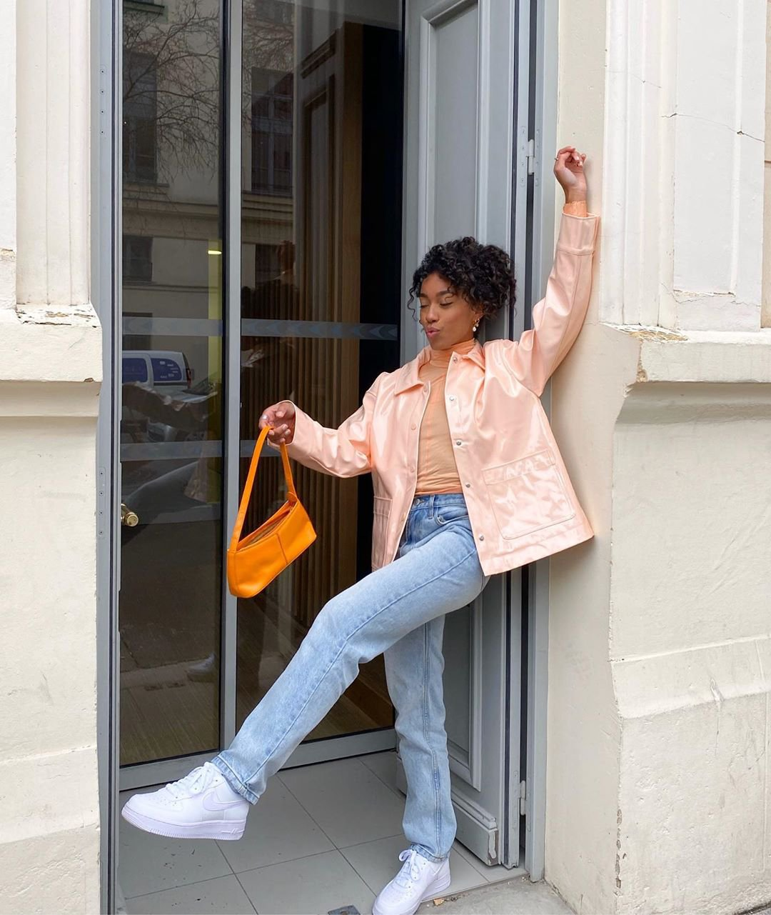 It girls - Jaqueta - Nylon - Outono - Street Style - https://stealthelook.com.br