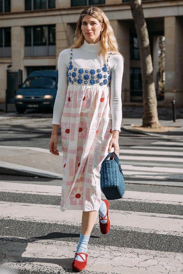 Veronika Heilbrunner - vestido no inverno - vestidos - inverno - street style - https://stealthelook.com.br