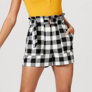 Shorts Feminino Em Tecido De Viscose E Modelagem Clochard